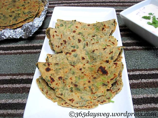 Hot Paneer Methi Paratha